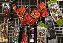 Wrapper Upcycling / Recycling projects for chip bags, candy wrappers and other bags