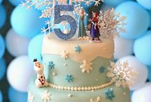 Cakes and cuocakes  of  frozen