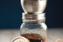 Kilner Coffee Grinder / The perfect cup of coffee not only starts with the beans, but also the storage.  NEW for 2016...The #Kilner coffee grinder helps make a great cup of coffee and comes complete with a Kilner jar and airtight lid