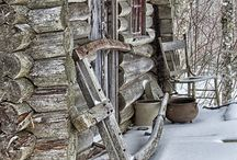 Log Cabins / by Susie Blackmon