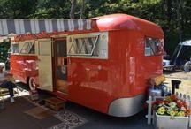 Camping / Vintage caravan