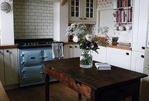 Pinner sur la table de la cuisine