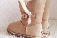 Uggs ( by elly Bloe )