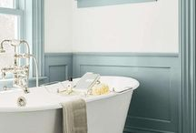 Decorative Timber Wall Panelling in Bathroom