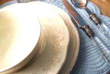 La vie en bleu / Une ambiance estivale, bleutée, s'abat sur Demeures d'antan.  https://www.youtube.com/watch?v=hUXCHOZIeEs