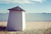 Hanko | Hangö, Finland / My beautiful hometown in southernmost Finland : Hanko, or Hangö, as it would be in Swedish. A lovely coastal town that blooms in summer, but has its charm in winter.