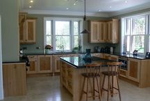 Bespoke Kitchens / A complete kitchen that we designed and made to our client's specifications, all the doors and panels were made especially for our client using a mix of solid Maple and Pippy Oak hardwood.