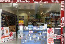 ΑΝΤΑΛΛΑΚΤΙΚΑ ΗΛΕΚΤΡΙΚΩΝ / Ανταλλακτικά , Επισκευή , Συντήρηση,- Service ηλεκτρικών οικιακών συσκευών  Ψυγεία , Κουζίνες , Πλυντήρια ρούχων , πιάτων, σίδερα, πρεσσοσίδερα, ηλεκτρικές σκούπες, Σακούλες για ηλεκτρικές σκούπες, χύτρες ταχύτητας, microwave, Φουρνάκια, σεσουάρ, τοστιέρες, καφετιέρες, Μιξερ, Σκουπάκια, Φίλτρα νερού ψυγείου  σχεδων όλων των εταιριών. Κατασκεύες σε λάστιχα ψυγείων, ψυγειοκαταψύκτες, όλων των εταιριών