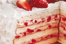 torta,crema y frutillas