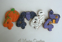 A Master Creation: Halloween / Sweet treats for Halloween made my me. www.amastercreation.com / by Aileen Master