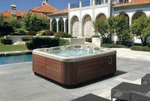 Productos para piscinas Acuavi-Desjoyaux / Amplia gama de productos para el correcto mantenimiento de piscinas