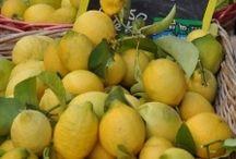 Κίτρινο means yellow * Bright and happy!