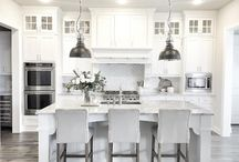 Kitchen cabinets ideas / Inspiration for kitchen cabinets, cabinetry white, white kitchen, details