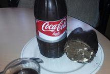 Tarta con forma de coca cola