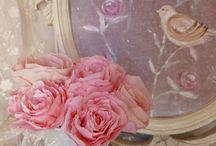 Roses en papier / rose, roses, papier, shabby, chic, romantique, décoration, paper, teinté, fait main, sur mesure, gustavien, cosy, style, hand made, roses shabby, roses anglaises, roses sur mesure, roses fait main, roses romantique, roses en tissu, fabric roses