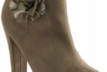 Női Cipők / A www.lifestyleshop.hu webáruház hatalmas cipőválasztékot kínál vásárlóinak. Nézzen szét nálunk!