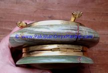 ONYX JEWELRY BOXES ROUND GREEN ONYX TRINKET DECORATIVE NATURAL STONE UNIQUE BRASS LEGS BEAUTY GIFTS