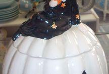 Cookie Jars / by Anita Irvine