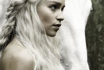 Game of Thrones-My new addiction / by Di Hernandez