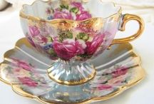 cup and saucer - tasse et secoupe