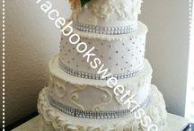 pastel de boda / by Yaide Hernandez
