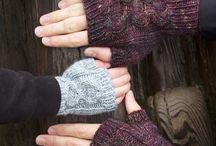 Mittens - Gloves / Luvas