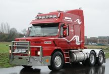 T SCANIA TRUCK T-CAB (2)-Old King Of The Road / Like her ancestral,this Queen of the road,left her legacy on the History of World Road Transports too,making her in nowdays,also a Legend of the Road Transports.