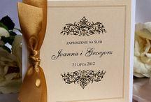 Zaproszenia ślubne ecru / Zaproszenia i dodatki na ślub w kolorystyce śmietankowe, ecru, złota.