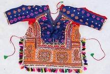 Folklorik giysiler