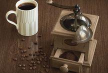 Moulins à Café Peugeot / Peugeot Coffee Mills