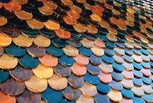 Tuile émaillée / #Terres Cuites de Raujolles - Fabricant de tuiles émaillées pour toiture, façade, parement mural - Tuile canal - tuile écaille - tuile plate - tuile de faîtage http://www.terres-cuites-raujolles.fr/fr/22-tuile-canal-emaillee