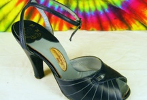 Delicious Shoes / Vintage Women's Shoes, from the 1920s to the 1970s,