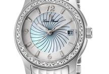 Lucien Piccard : Women's Collections / Lucien Piccard Watches A little boasting is always in order when you discover the superior quality of Lucien Piccard. First, there is a Swiss reputation that began in 1923, giving these collections an illustrious lineage.