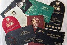 WIZYTÓWKI - Dex Druk Business Cards / WIZYTÓWKI - DEX DRUK Business Cards WIELKA PROMOCJA na grawerowane wizytówki w papierze techniką laserową, jednostronnie. Rozmiar 90x50mm Promocja dotyczy tylko białego papieru o strukturze płótna. Cena jednej wizytówki tylko 0,90 gr. Minimum zamówienia 20 szt. Oferta ważna do końca marca 2015. Zamówienia i zapytania należy składać na adres mailowy info@dex-druk.pl lub tel. 790-207-378