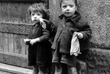 """Joan Colom / Photographer, Barcelona, Barrio chino (1921-2010)  Full name: Joan Colom i Altemir Street photography, streetphoto. His most known work where made on """"barrio chino"""", todays Raval, which was a very poor district, mainly for workers and farmers. In 1962 he went to Paris with other great photographers of that time, which together formed a movement called """"Nova Vanguàrdia""""."""