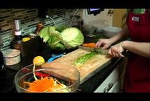 Easy Instructional Food Videos / by Alta Mantsch