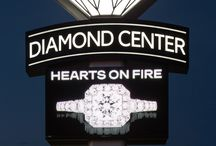 2016 America's Coolest Jewelry Stores: Editors' Picks / Leslie McGwire & Associates designed both Welling & Company Jewelry, OH (Small Cool) for interior design, and The Diamond Center, WI (Big Cool) for exterior & interior design.