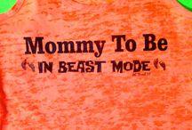 Maternity workout clothing