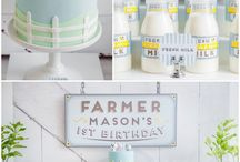 Shower and Party Ideas / by Janelle Soja