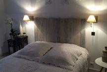 Décoration intérieure - Chambre - Têtes de lit / Créations originales et sur mesure de têtes de lit en bois de palettes, chevrons et ou bois/métal.