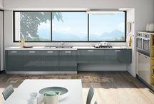 Zoe / Pratica e dinamica, la cucina #CREO Zoe definisce uno stile moderno e metropolitano, che ben si addice a molti contesti architettonici.