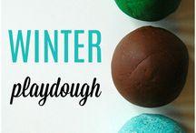 Make and Play - Playdough Fun / A collection of fun DIY Playdough recipes and play ideas