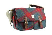 Country Handbags, Purses & Wallets