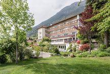 Hotels im Vinschgau / Ihr Hotel in Südtirol, in der Sonnenregion Vinschgau, wartet mit herrlichen Angeboten zum Wandern und Skifahren auf – nichts wie hin!