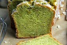 Leckere Kuchen und Pralinen