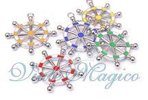 Bomboniere Compleanno / Questa bacheca è dedicata alle Bomboniere Online per Compleanno. Tanti colori, novità, offerte per tutti i Compleanni! Primo Compleanno, 18° Compleanno, 50 Anni....  Visita il nostro sito www.vialemagico.it