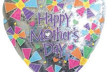 Mors Dag Husk det er den 2. søndag i maj i Danmark / Husk det er den 2. søndag i maj i Danmark. Sig tak til mor for støtten, kærligheden eller livet :)