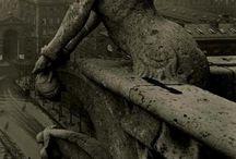 statues/gravestones
