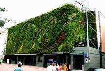 Függőleges kertek - Hanging gardens / Függőleges kertek, zöldfalak Továbbiak itt:  http://balkonada.cafeblog.hu/cimke/fuggoleges-kert/ https://balkonada.hu/ http://balkonada.cafeblog.hu