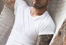 Adam levine / Sexiest man